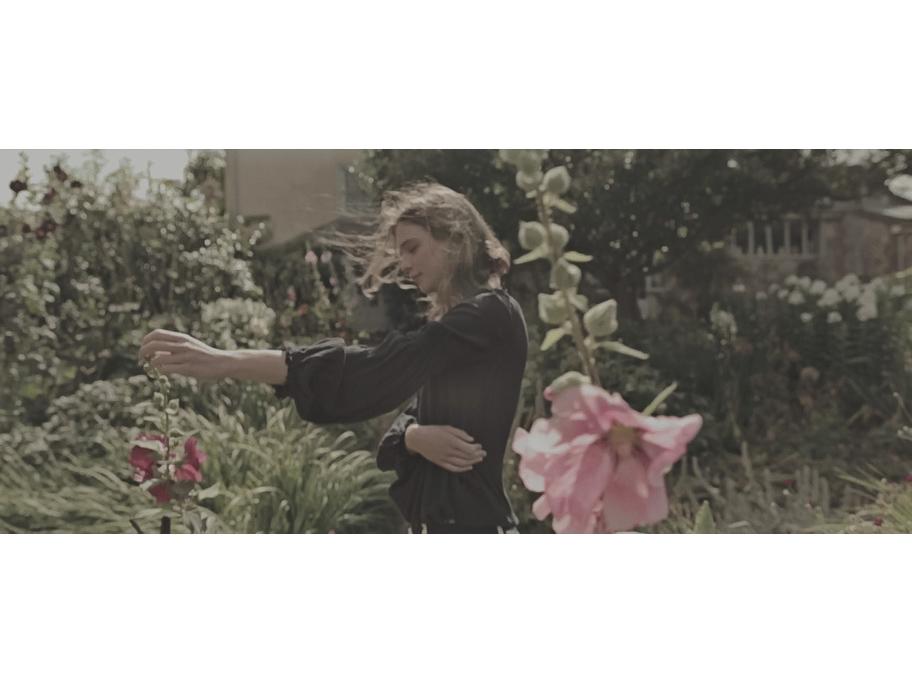 Kim Noorda with flowers